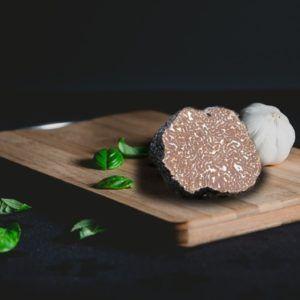 Frischer Trüffel Tuber Uncinatum Tüffel kaufen Frische Schwarzer Trüffel